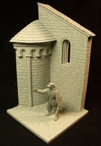 Church corner with figure (1:35)